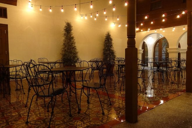 The Benefits of Professionally Installed Outdoor String Lights