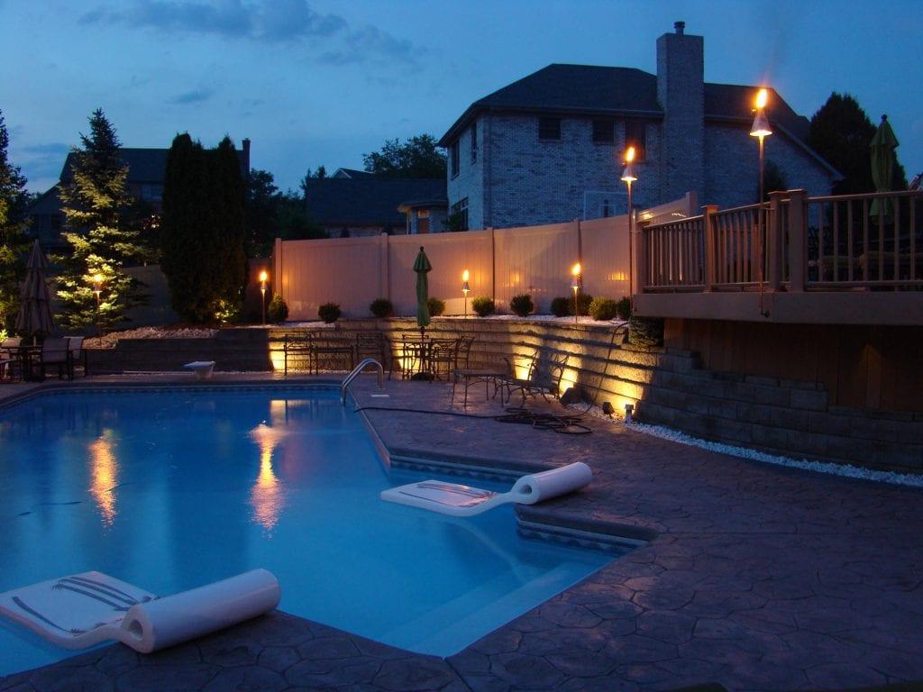 Outdoor-Living-Resort-Lighting